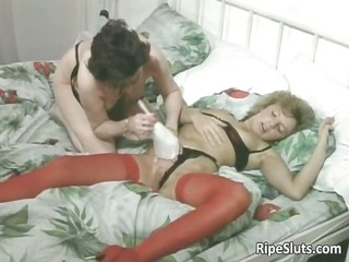 horny aged sluts take up with the tongue and