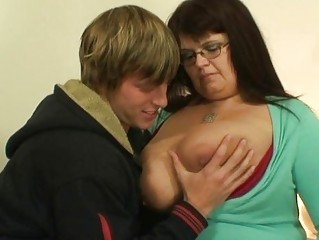 bulky mature wench acquires pounded
