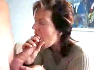 aged mommy engulfing & swallowing cream