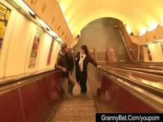 older fattie in the metro