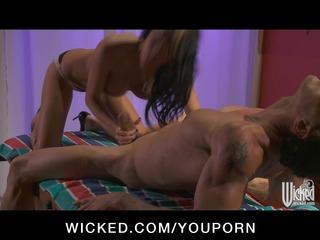 large tit pornstar alektra blue give dong massage