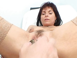 stylish milf bitch gets her old fur pie examined
