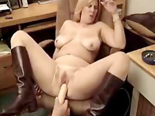 hawt fat d like to fuck smoking 1