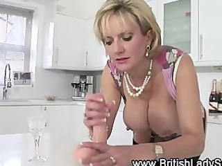 lady sonia dildo play