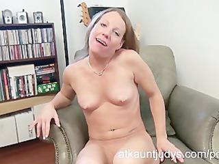 hawt aged alyssa dutch masturbates