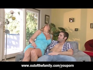daughter watches her mom get gazoo fucked