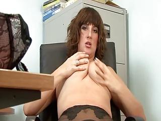 hot older secretary full fashion stockings
