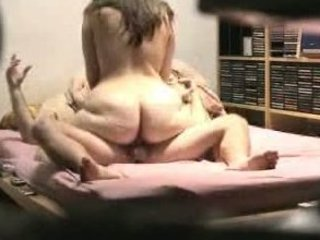 bulky ass wife trying to ride his cock