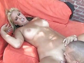 blond milf acquires warm tongue in her pussy