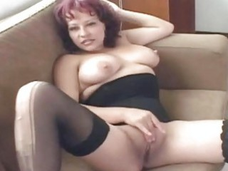 hawt mature slut shows off her top fellatio skill
