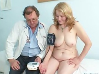 gyno doctor speculum examines very old aged cunt