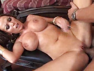 large boobed d like to fuck chicls in high heels
