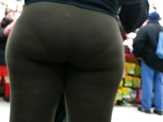 candid brown spandex bubbled out mother i donk of