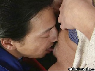 dirty aged mamma engulfing and giving a kiss
