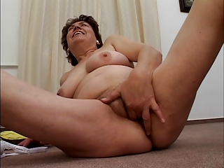 chubby unshaved granny can banana