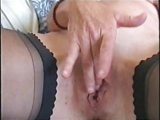 watch my sexy mum fingering her pussy. stolen