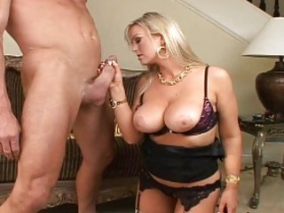 busty blond d like to fuck sucking a dick and