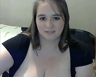 fat milf with big breast masturbating on webcam